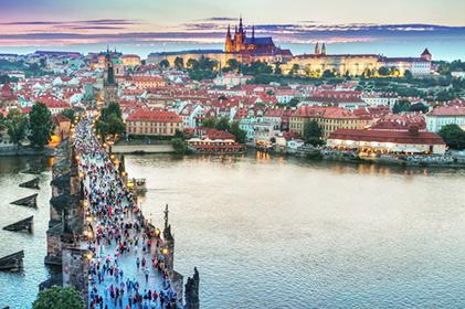 ทัวร์ ขอหมอนใบนั้น ที่เธอฝันในกรุงปราก ออสเตรีย ฮังการี สโลวัก เชก  10 วัน 7 คืน โดยสายการบินไทย (TG)